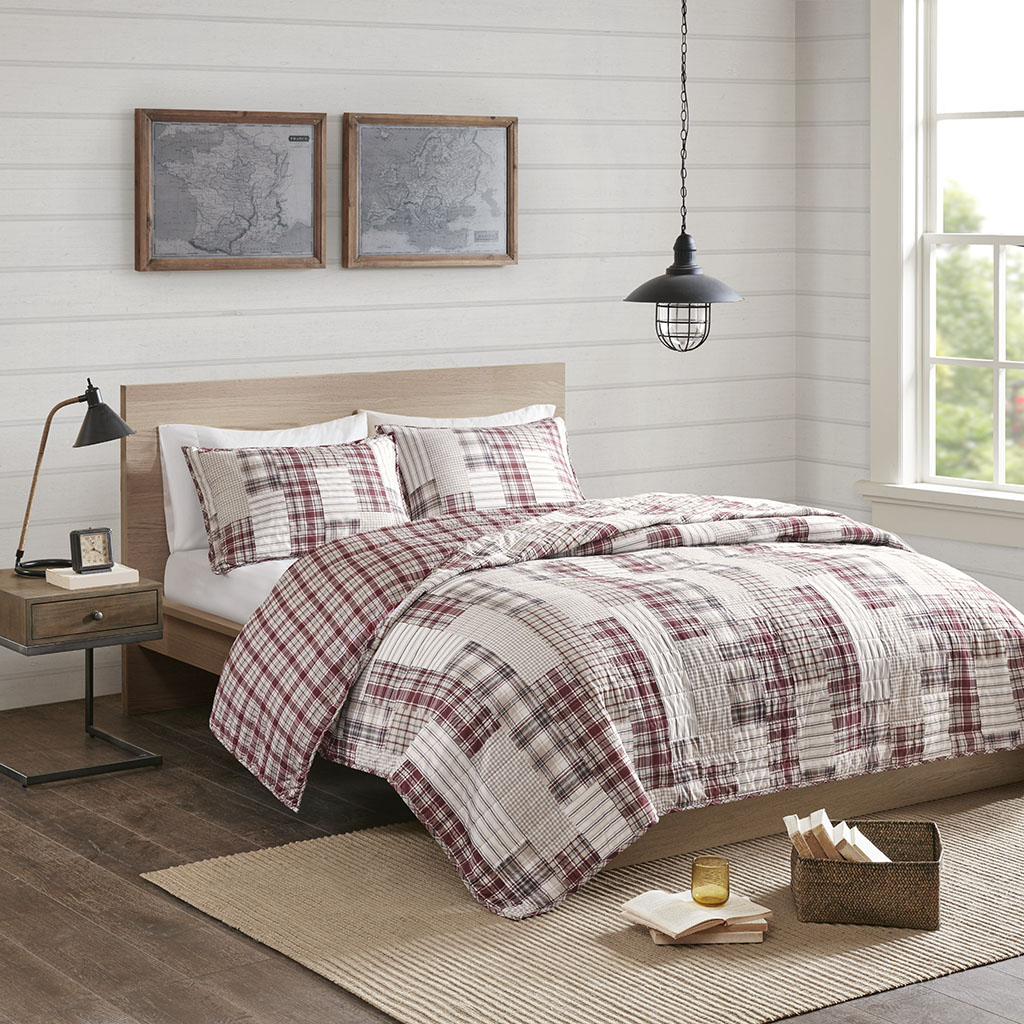 Madison Park - Montana 3 Piece Reversible Printed Coverlet Set - Red/Beige - King/Cal King
