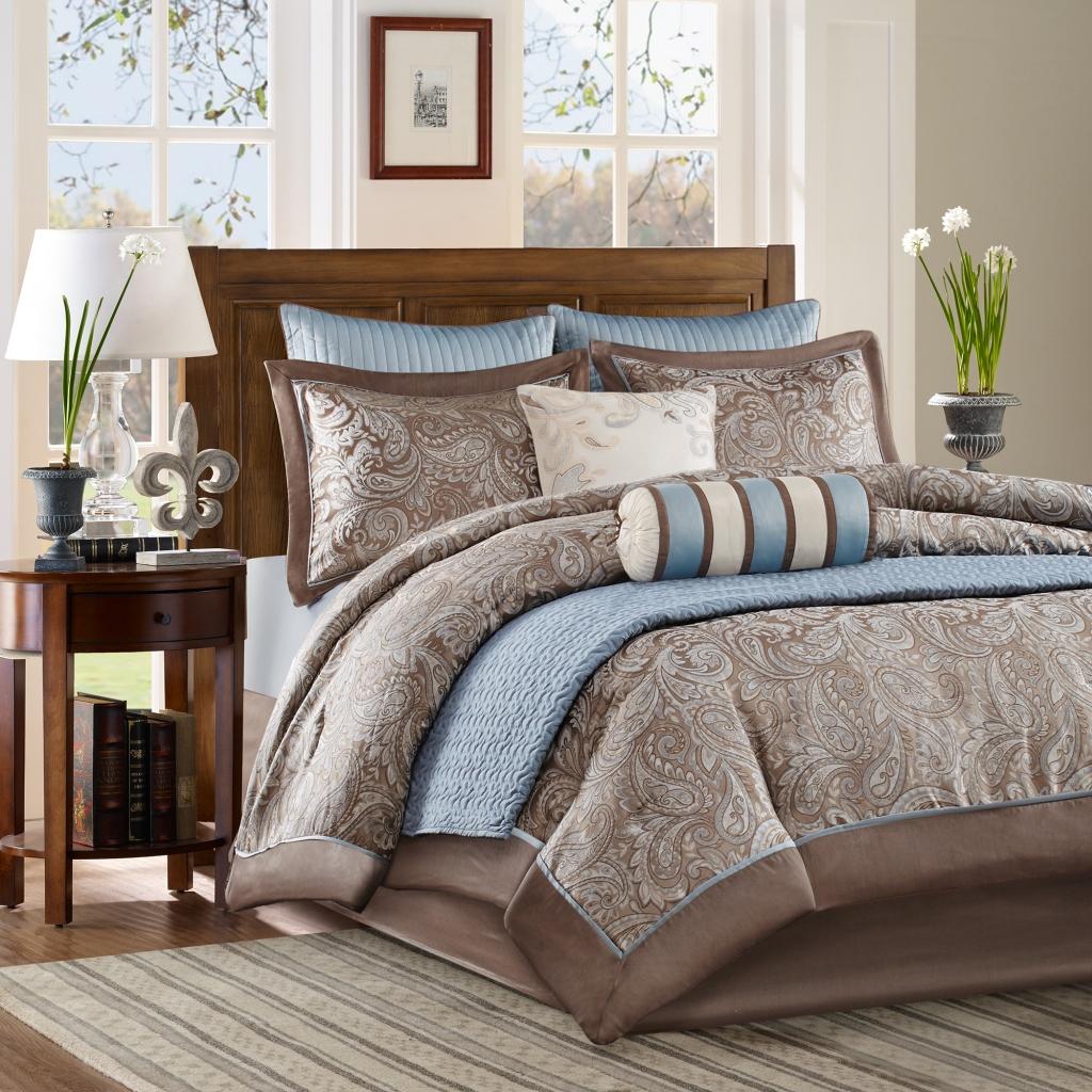 Madison Park - Aubrey 9 Piece Comforter Set with Bonus Coverlet - Blue - Full