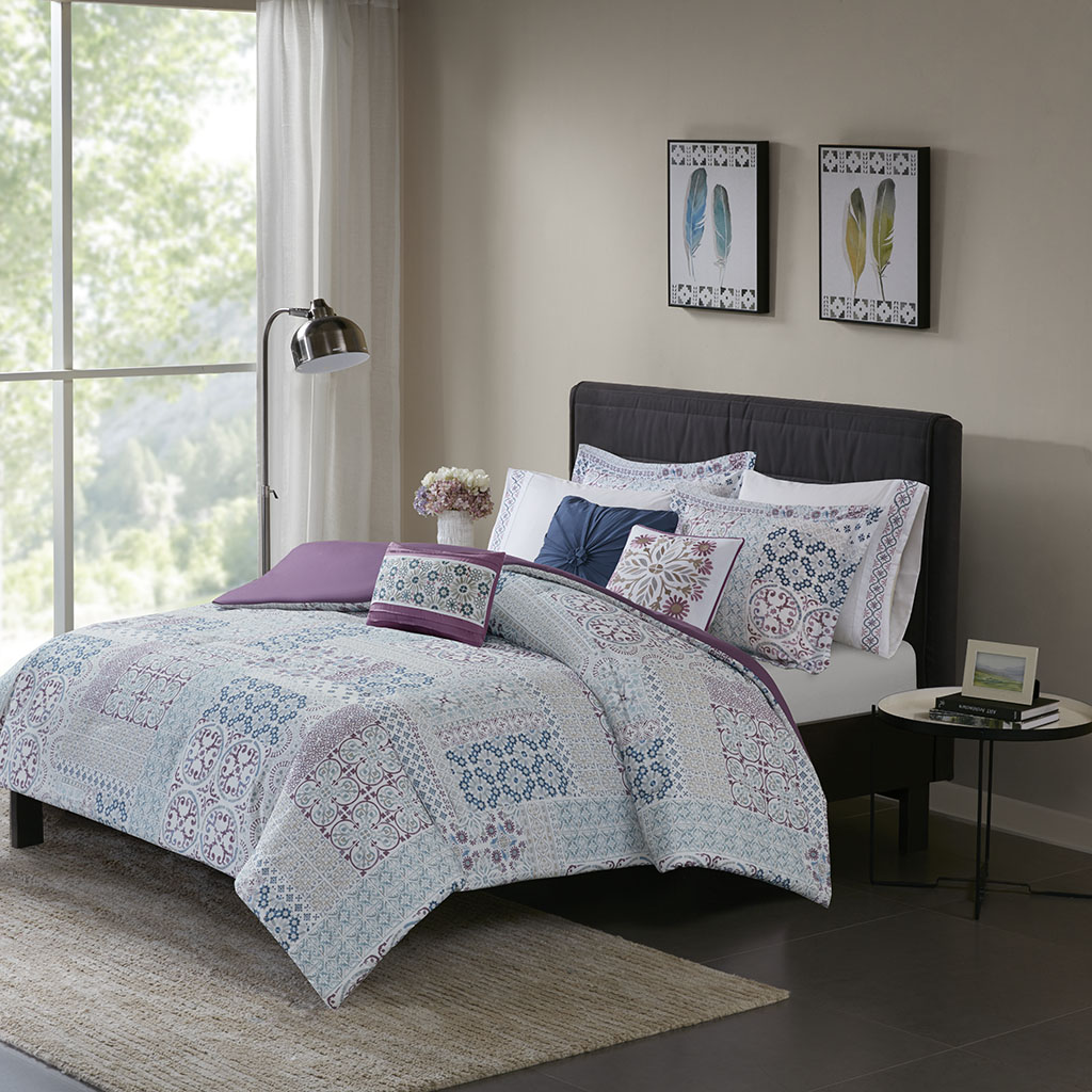 Madison Park - Alhambra 8 Piece Cotton Percale Duvet Cover Set - Berry - King/Cal King