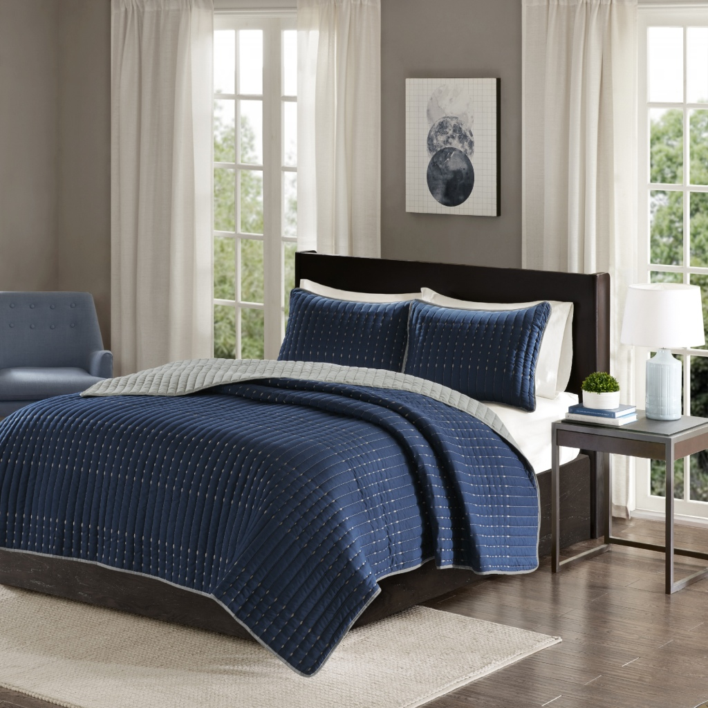 Comfort Spaces - Bayley 3 Piece Reversible Coverlet Set - Navy - King/Cal King