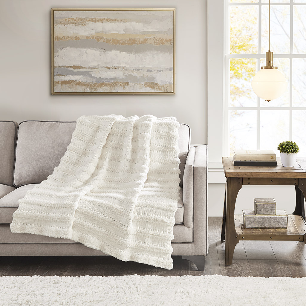 Madison Park - Nora Chenille and Faux Fur Throw - Ivory - 50x60