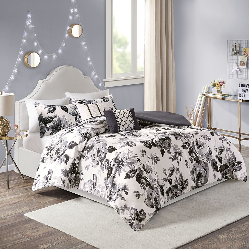 Intelligent Design - Dorsey Floral Print Duvet Cover Set - Black/White - Full/Queen