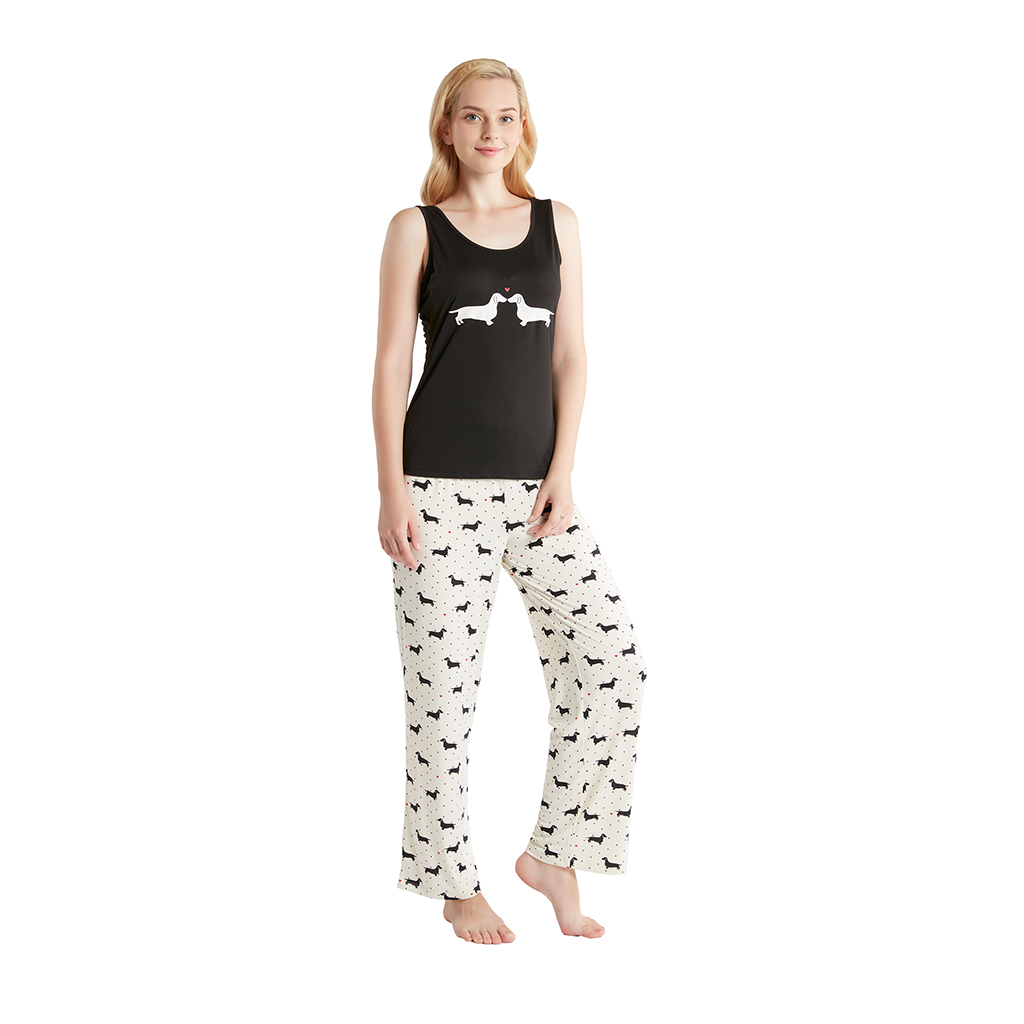 Jammies by Hipstyle - Olivia 3 Piece Pajama Set - Black - Small MACHINE WASH COLD, GENTLE CYCLE, AND SEPARATELY. DO NOT BLEACH. TUMBLE DRY LOW, REMOVE PROMPTLY. DO NOT IRON. IF THERE IS NO FREE MOVEMENT IN THE WASHER OR DRYER, USE LARGE CAPACITY COMMERCIAL WASHER/DRYER.