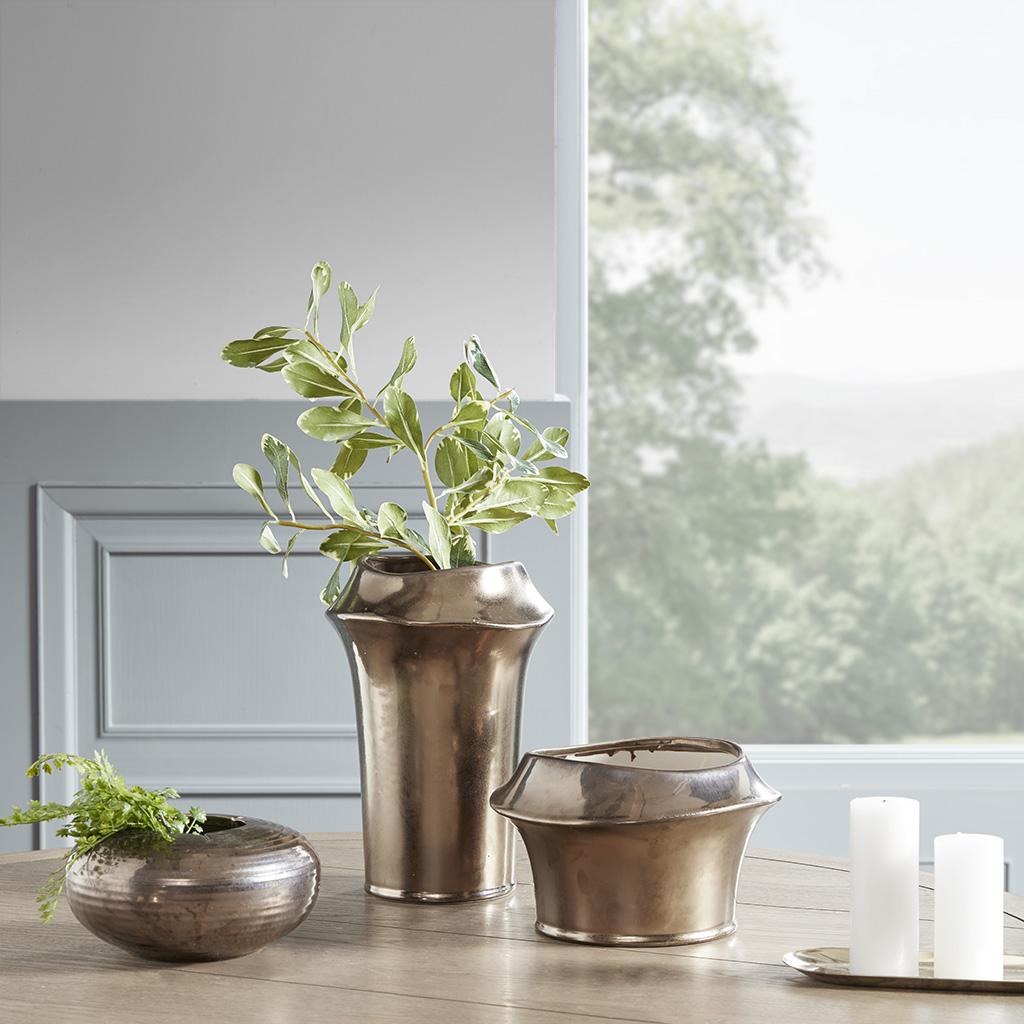 Material: Ceramic