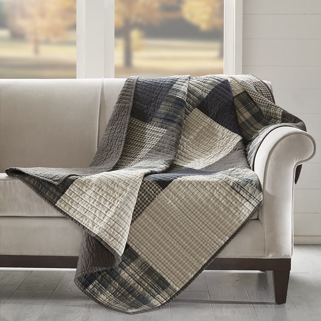 Woolrich - Winter Hills Quilted Throw - Tan - 50x70