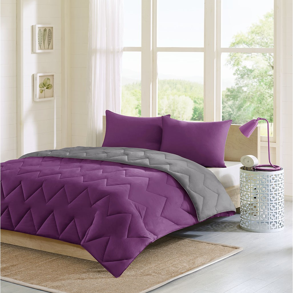 Intelligent Design - Trixie Reversible Comforter Mini Set - Purple/ Charcoal - Full/Queen