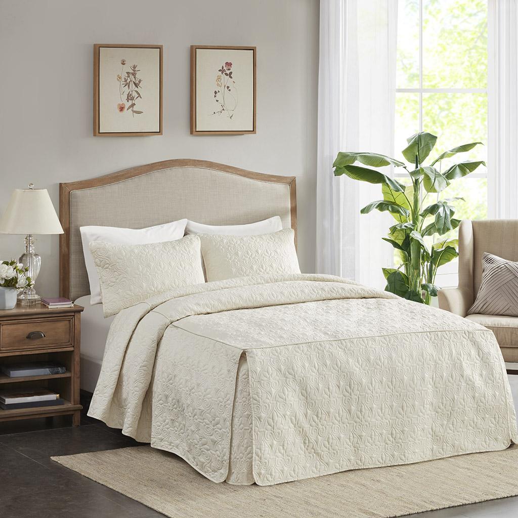 Madison Park - Quebec 3 Piece Fitted Bedspread Set - Cream - Queen