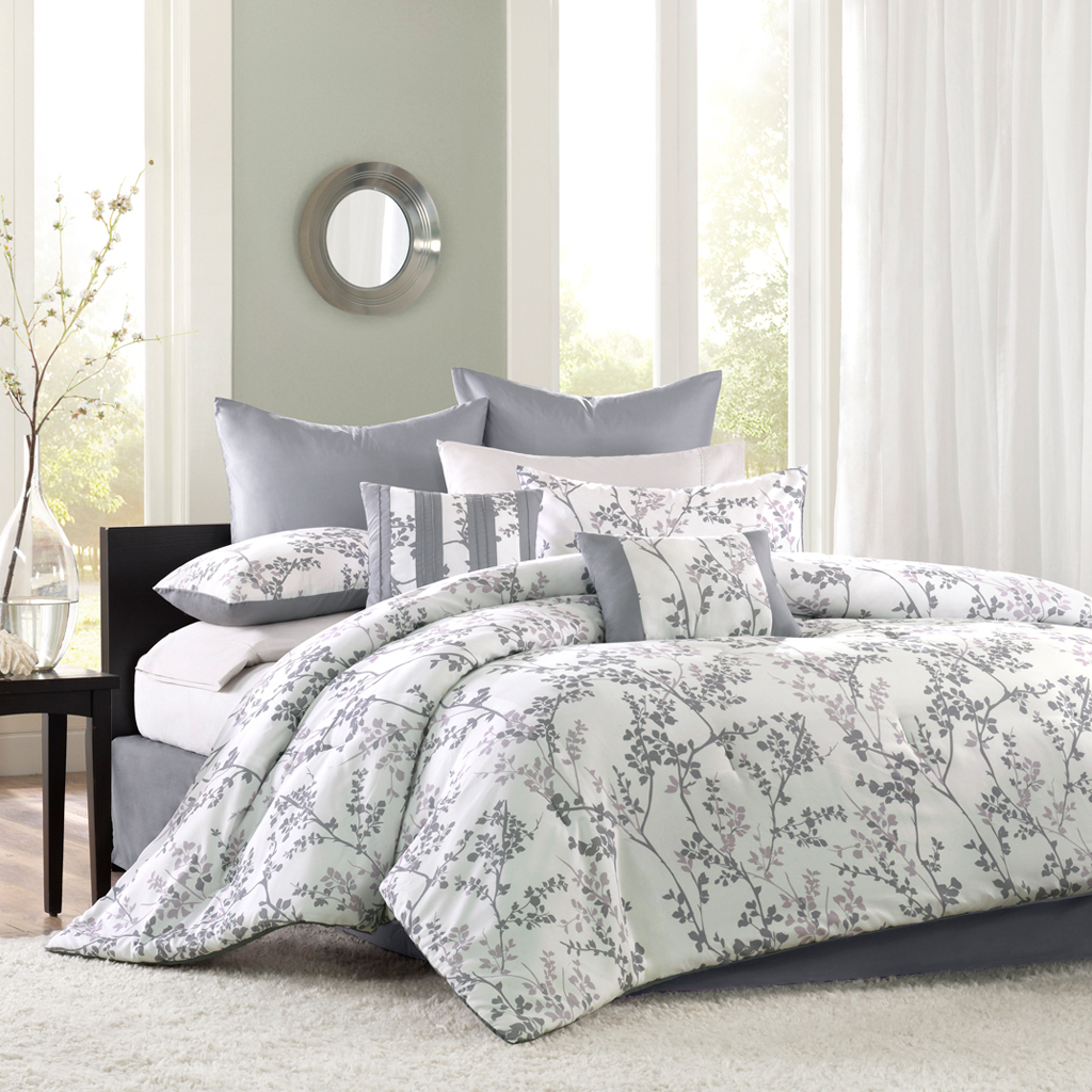 Avenue 8 - Chantilly Comforter Set - Multi - Twin