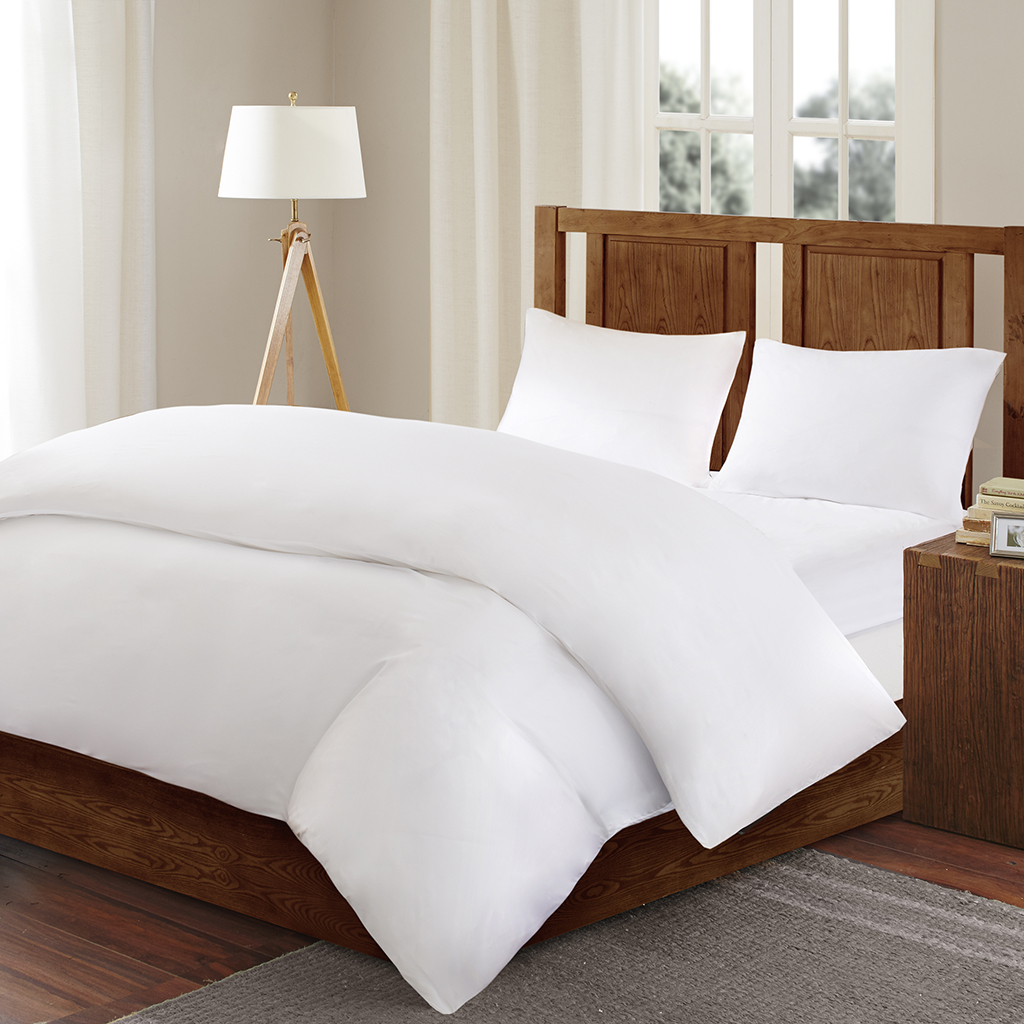Bed Guardian by Sleep Philosophy - Bed Guardian 3M Scotchgard Comforter Protector - White - Full/Queen