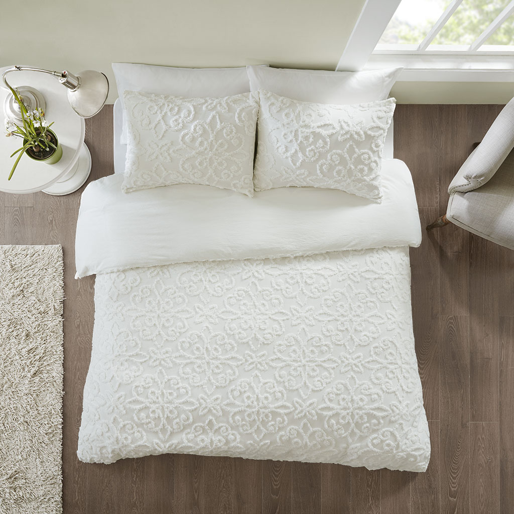 Madison Park - Sabrina 3 Piece Tufted Cotton Chenille Duvet Cover Set - White - King/Cal King