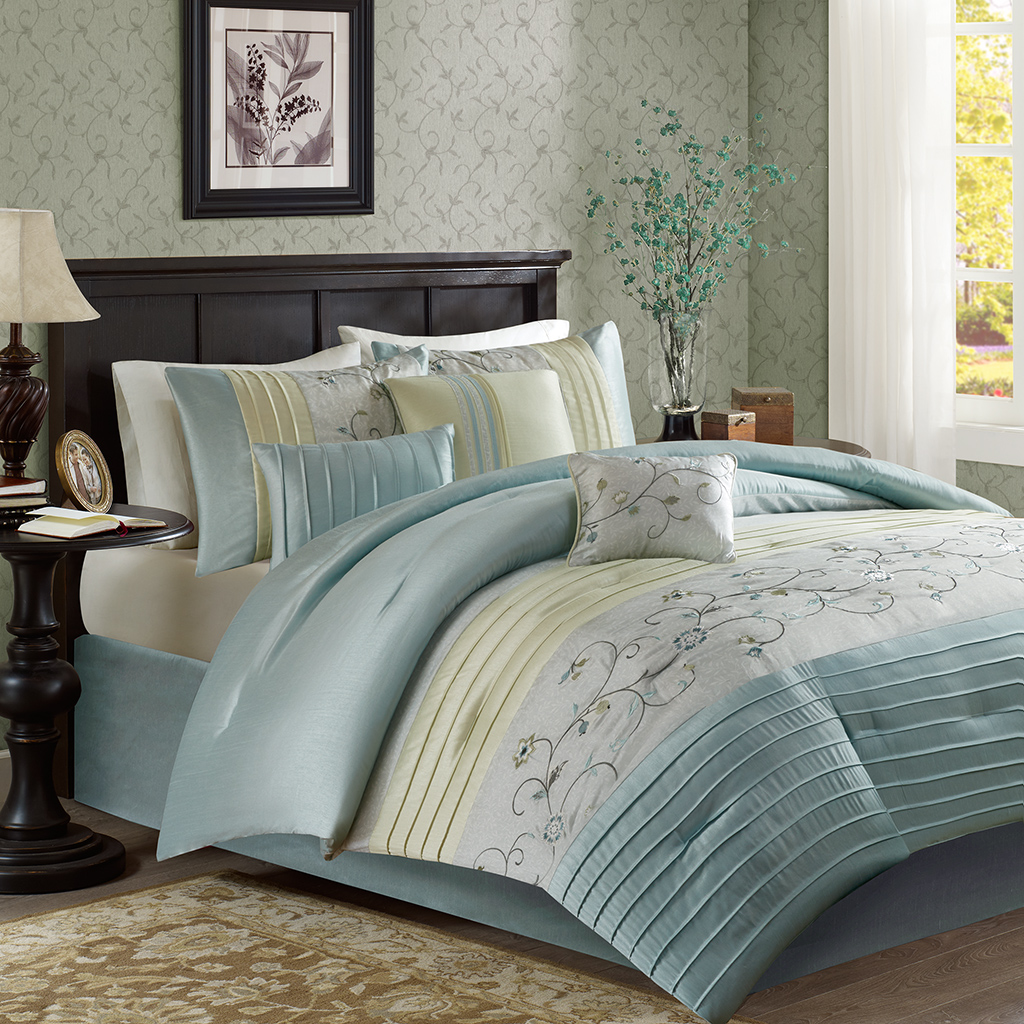 Madison Park - Serene Embroidered 7 Piece Comforter Set - Aqua - Cal King