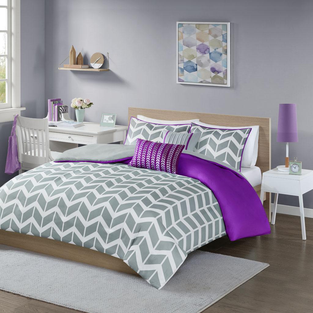 Intelligent Design - Nadia Duvet Cover Set - Purple - Full/Queen