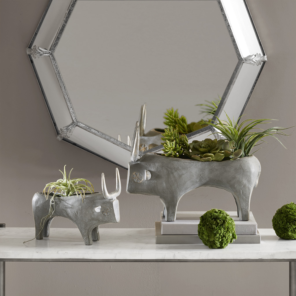Madison Park Signature - Bull Decor - Grey - Large Iron