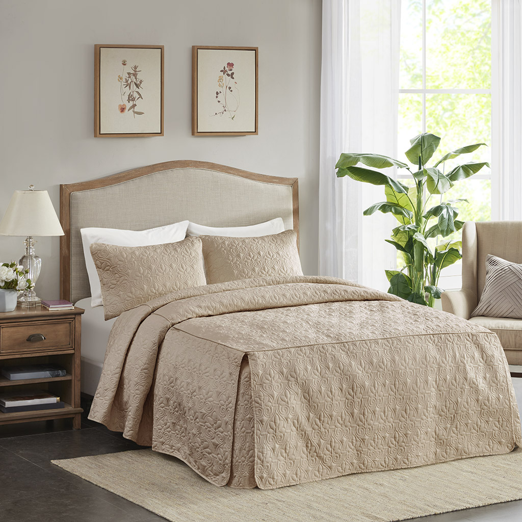 Madison Park - Quebec 3 Piece Fitted Bedspread Set - Khaki - Queen